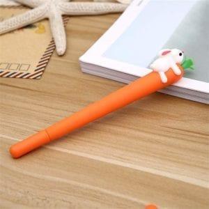 El bolígrafo del conejo kawaii es adorable